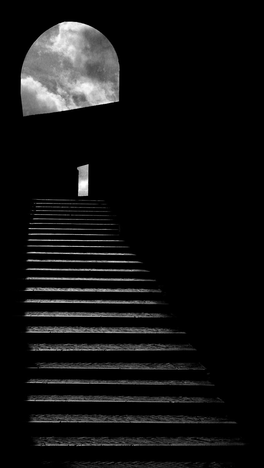 - A deep and dangerous staircase inside the Castel Sant'Angelo - A trip to Rome - by Tony Karp - Rome - Vatican - Gubbio - Viterbo - Spoleto - - - art  - photography - by Tony Karp
