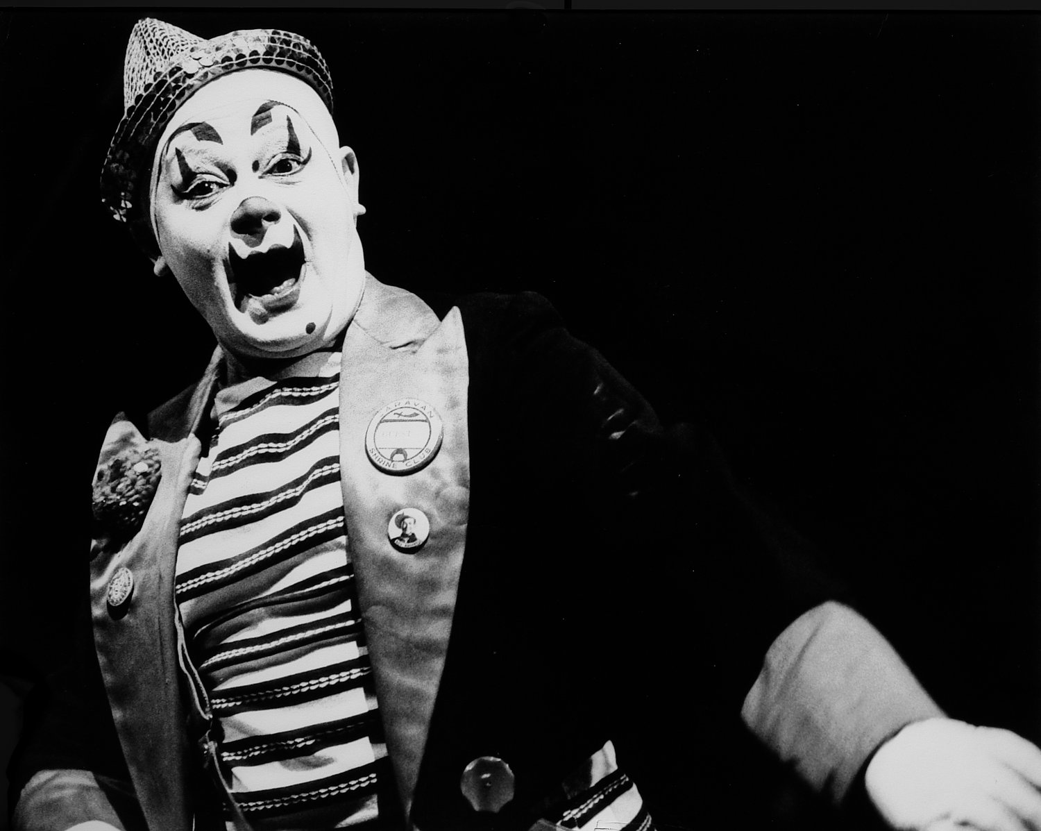 - And what's a circus without clowns? - Leo Stashin. Circus, Ringling Bros. Barnum and Bailey, Madison Square Garden, tightrope, trapeze. Alzana, black and white - - art  - photography - by Tony Karp