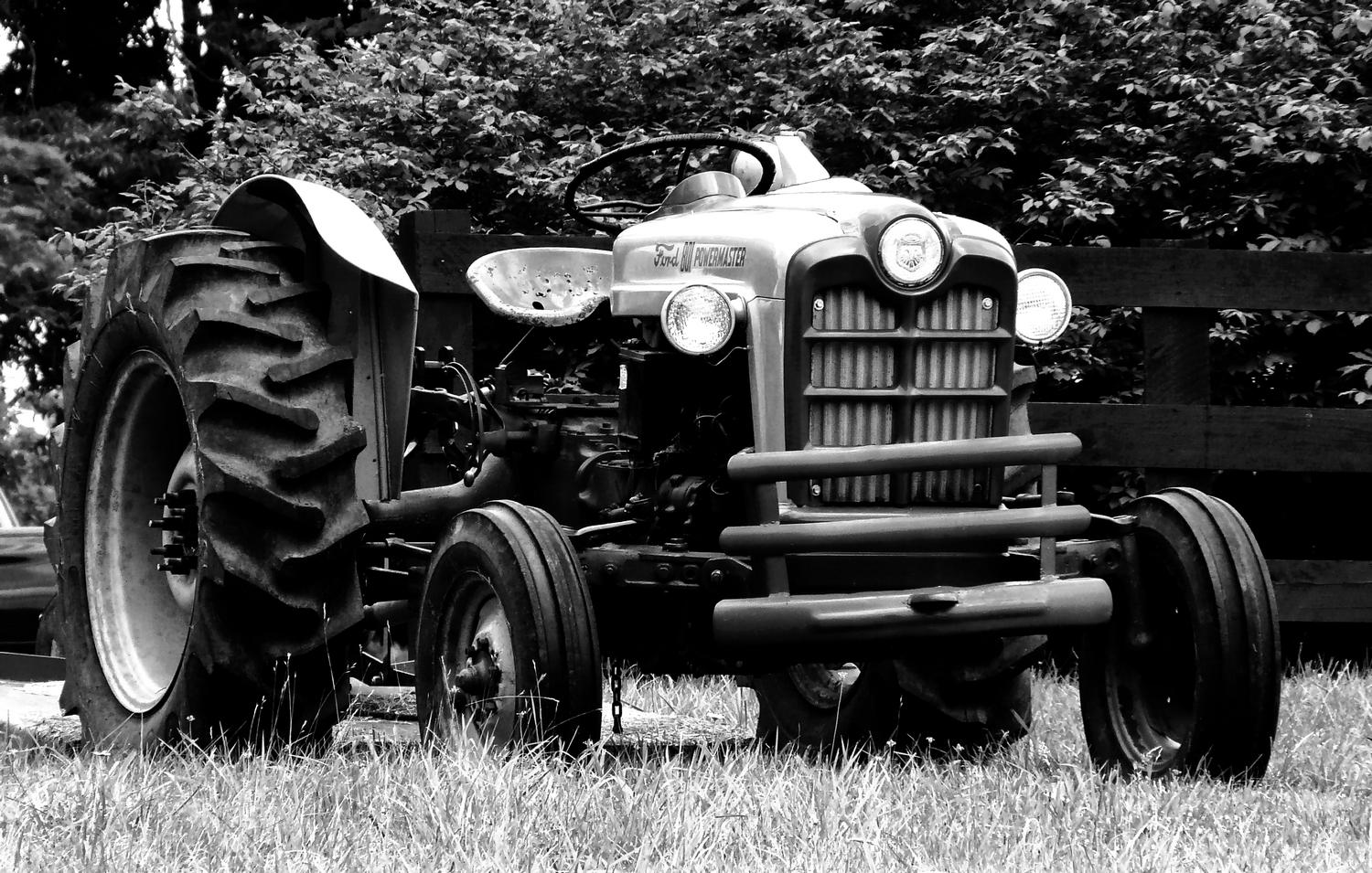 Old Ford tractor - Here's the tractor in dynamic black and white - Panasonic DMC-FZ18 - - art  - photography - by Tony Karp